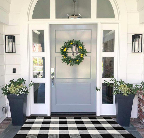 Buffalo Plaid Front Door Rug.png
