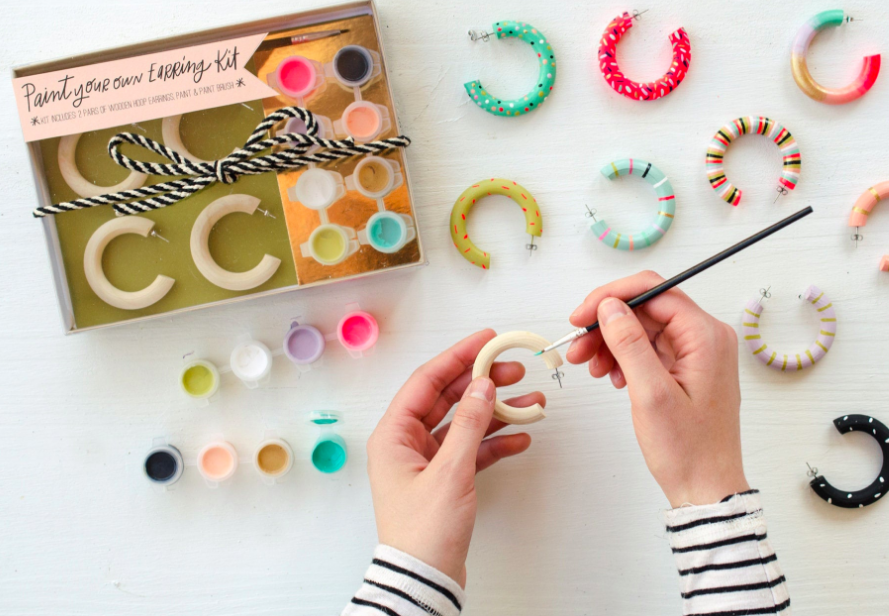 DIY Earrings Kit.png